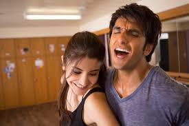Anushka Ranveer dance their hearts out
