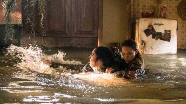Natalie Portman and Tessa Thompson face a flood of fear.