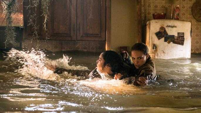 Natalie Portman and Tessa Thompson face a flood of fear.