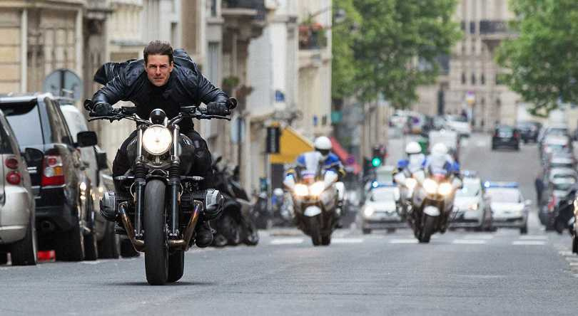Tom Cruise breaks all traffic rules in Paris.