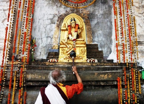 Bodhgaya-Worship