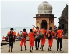 Maheshwar Kavad Yatra Boys