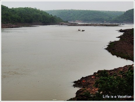 Omkareshwar Parikrama - Narmada View