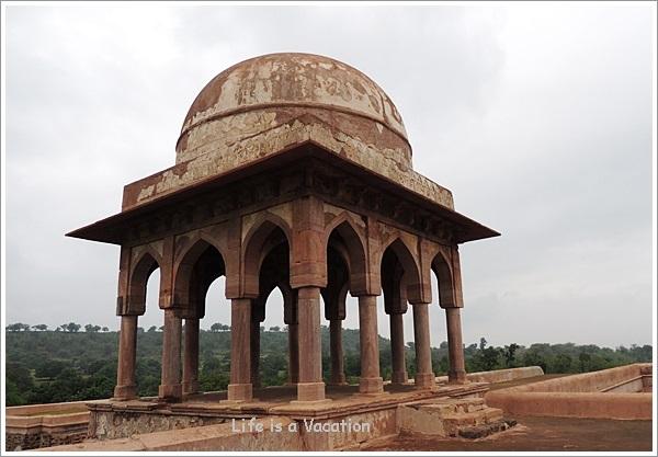 Mandu Baz Bahadur Palace