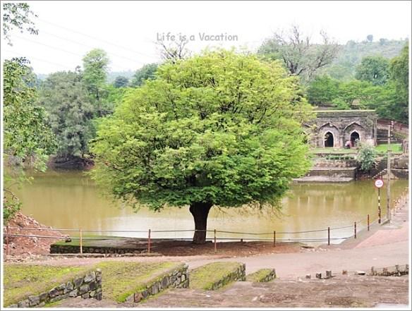 Mandu Rewa Kund