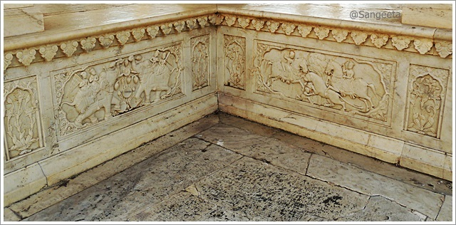 Jaipur-Gaitore-Royal-Cenotaph-Chhatri