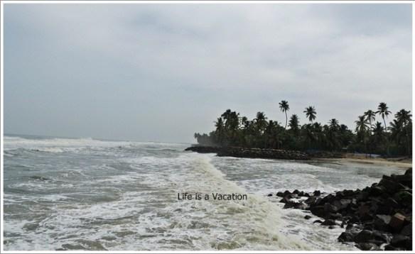 Beach Hopping in Kerala- Pallithodu