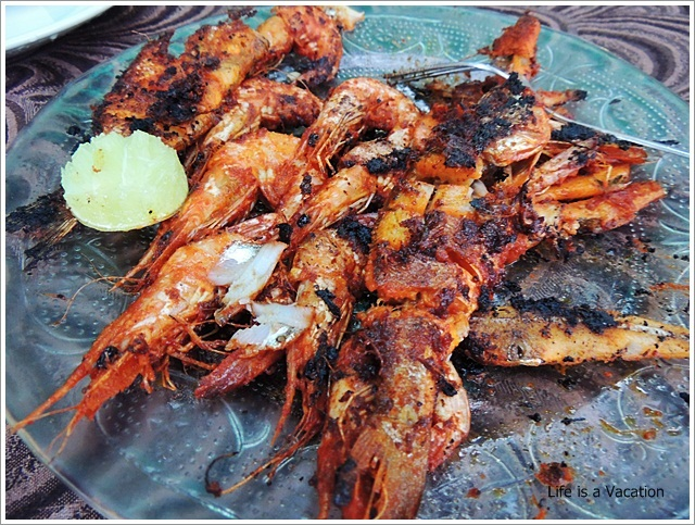 Foodie Trail in Kochi-Kerala-Kochi-Beach-Prawn