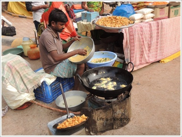 North-Karnataka-Temple-Food-Fry-Mahakuta