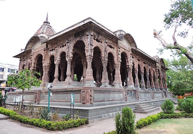 Indore Sightseeing Chhatris