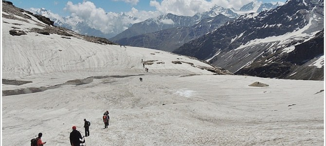 Walking through Paradise, Rupin Pass Trek