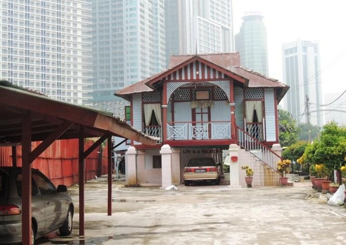 Kampong Bharu - Kampung Baru