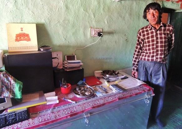 spiti-hikkim-postmaster