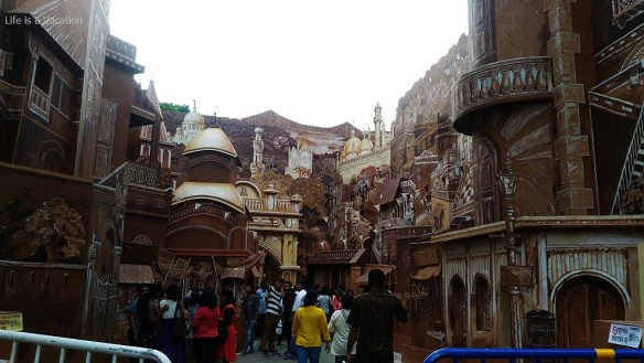 10 Best Kolkata Durga Puja 2016 -66 Pally