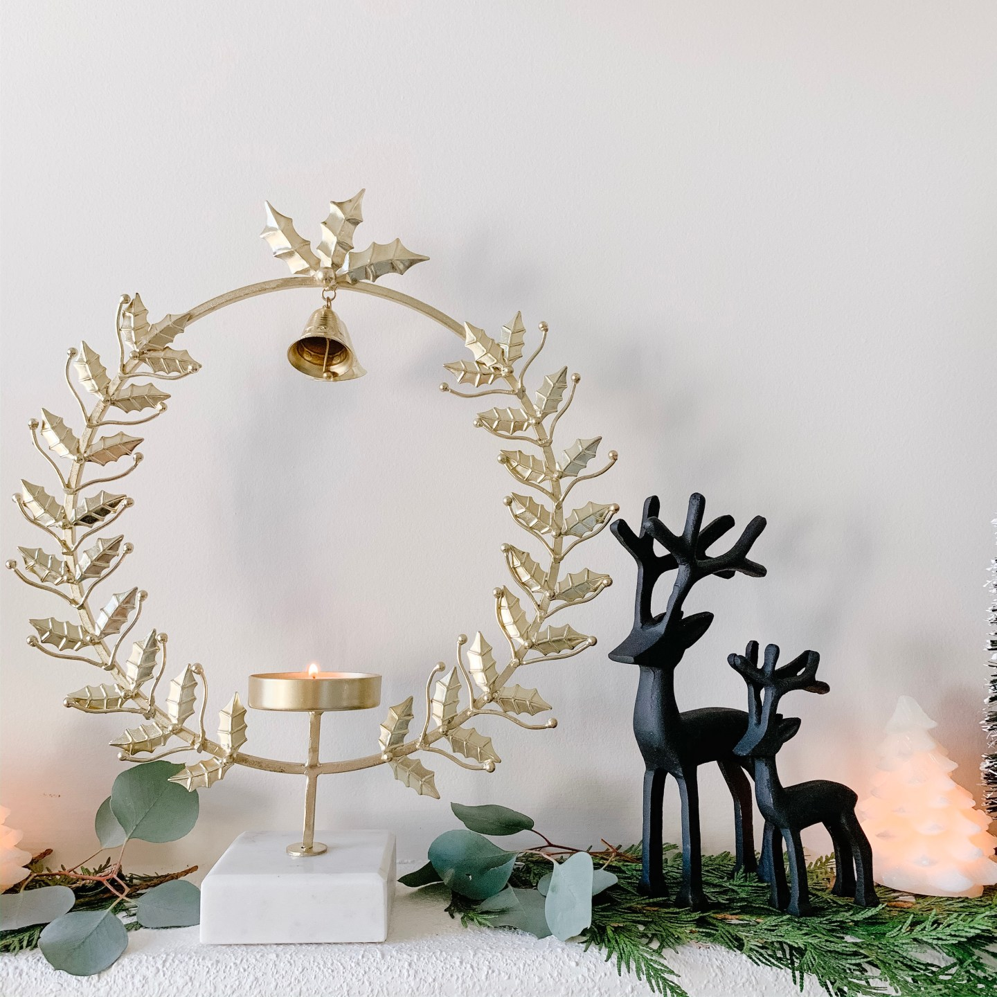 Black and Gold Christmas Mantle