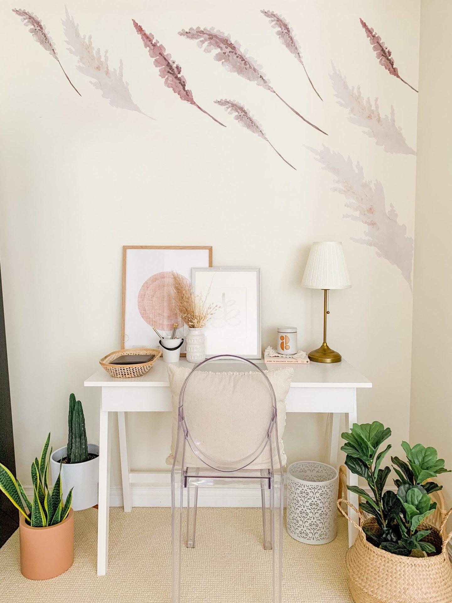 Simple Tips to Create a Dreamy Boho Home Office