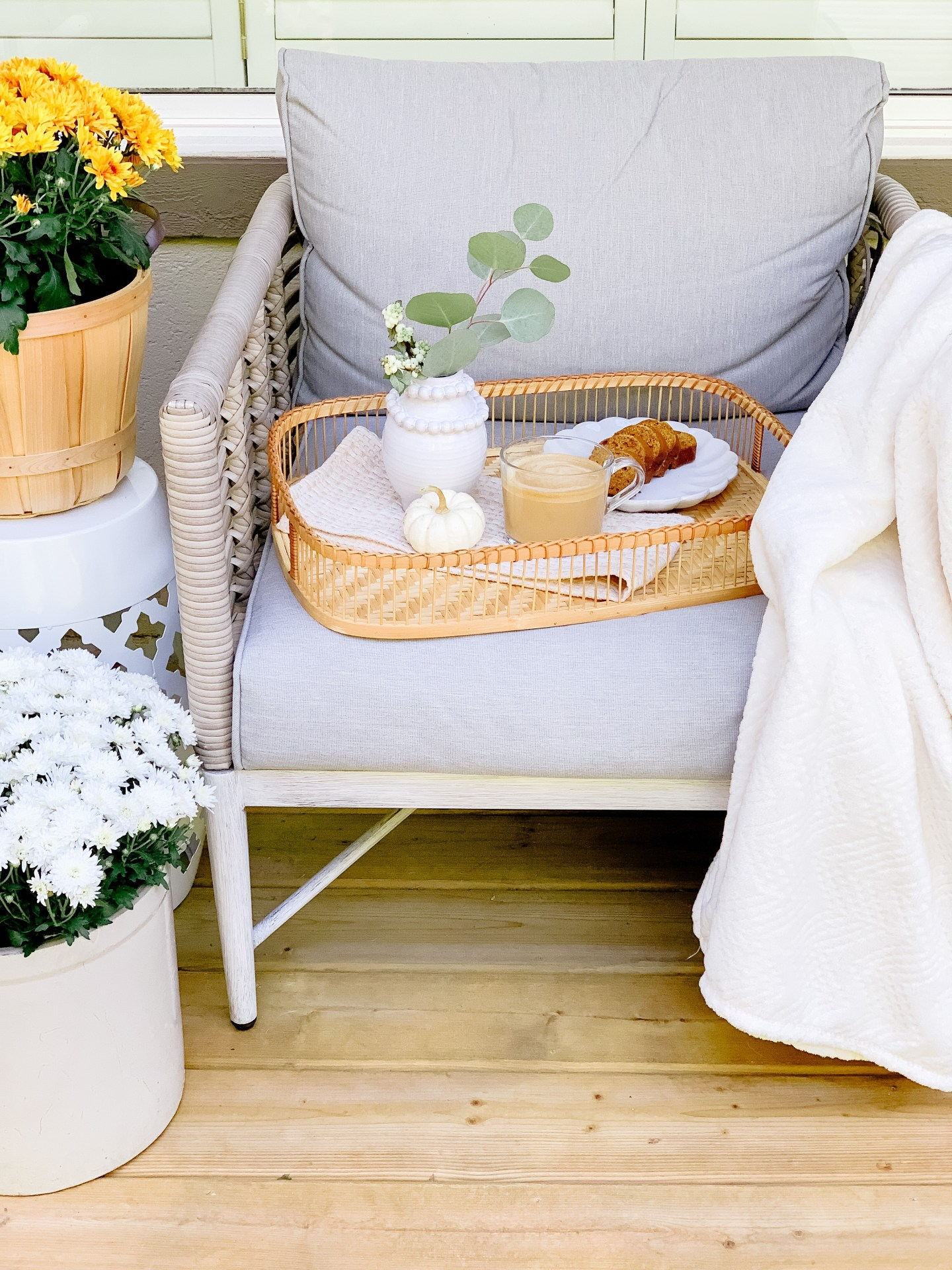 Cozy Outdoor Fall Patio Ideas You Can Use Now