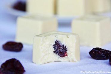 Weiße Cranberry-Pralinen