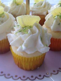 Zitronen-Buttermilch-Cupcakes von Kathrin