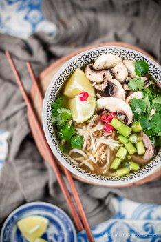 Asiatische Suppe