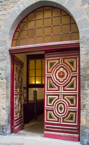 The entrance to the chapel of saint Fermin