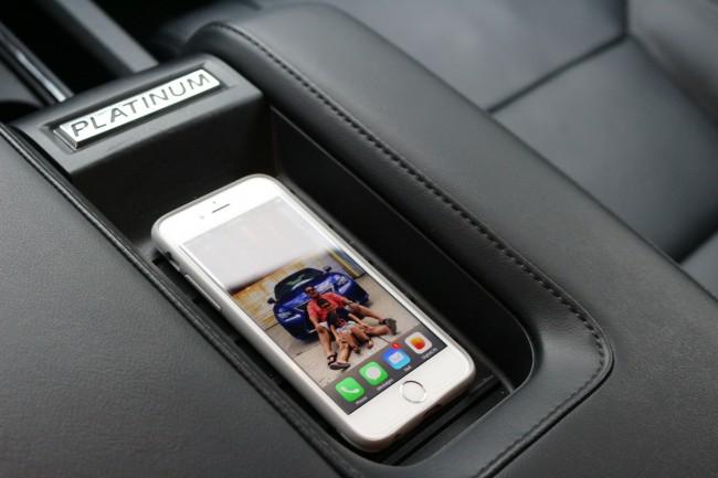 iPhone-toyota-tundra-platinum