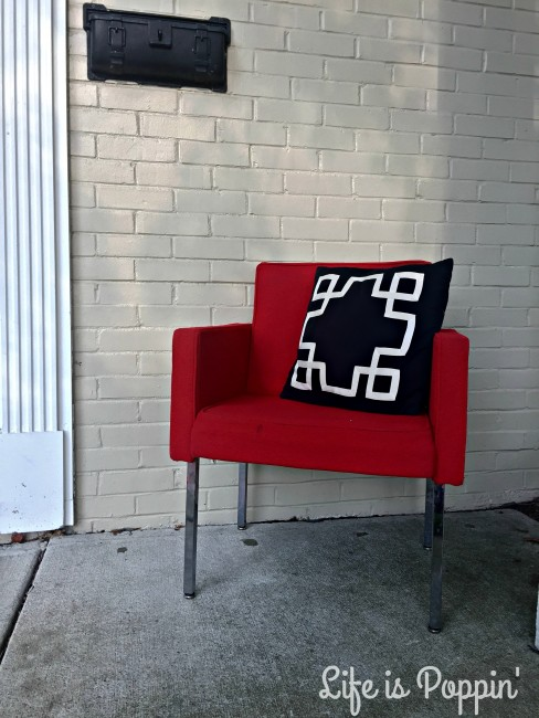 DIY-Fabric-Paint-Chair