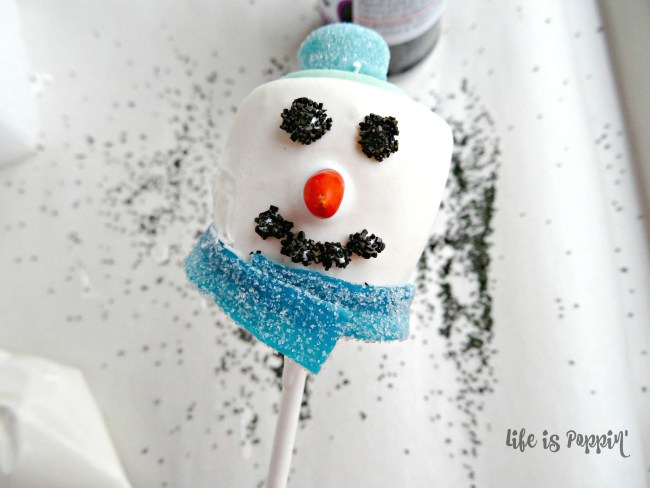 Snowman easy cake pops process
