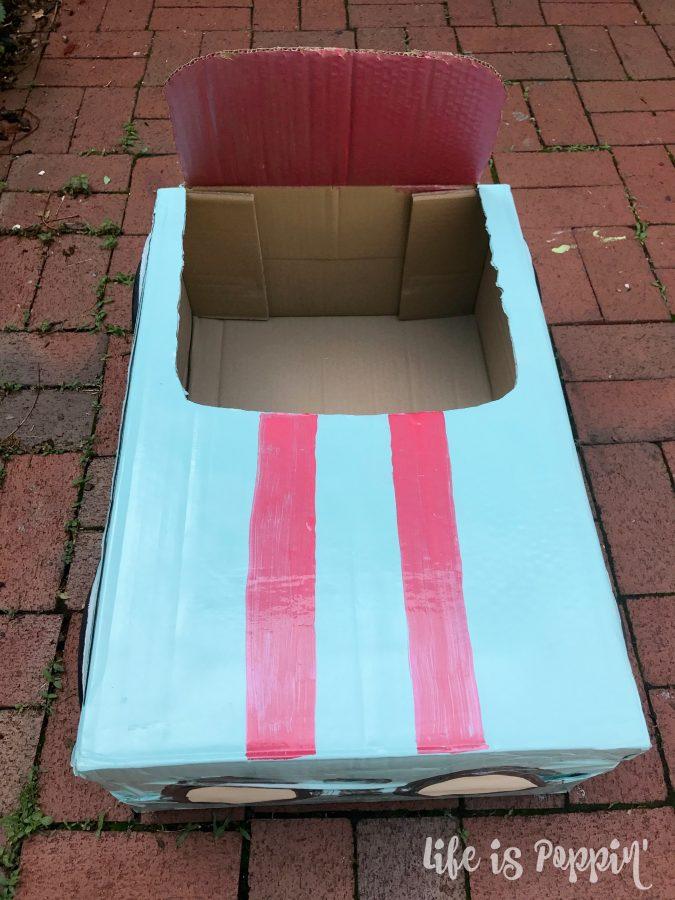 Cardboard-race-car