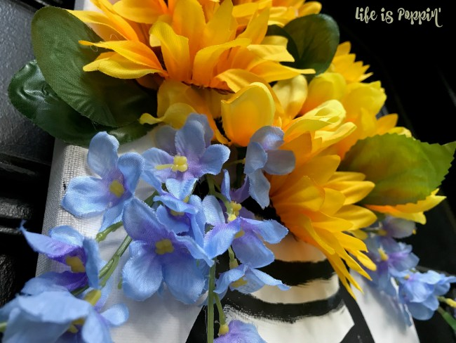 Easy Canvas Art – 3D Flowers the Look Amazing