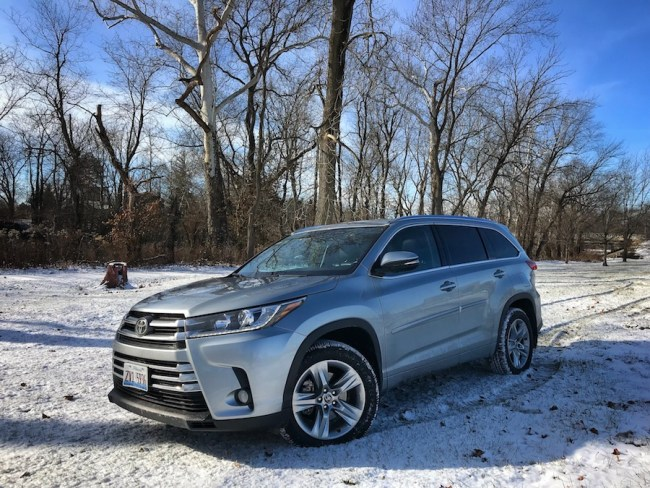 2017 Toyota Highlander – SUV Supremacy