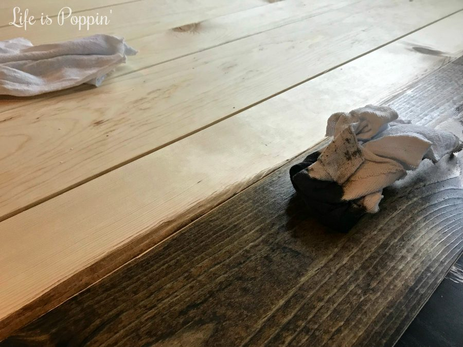 Farmhouse-table-stain