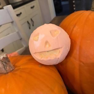 'Pumpkin' bath bomb, £3.95