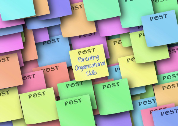 Image of post it notes with text parenting organisational skills