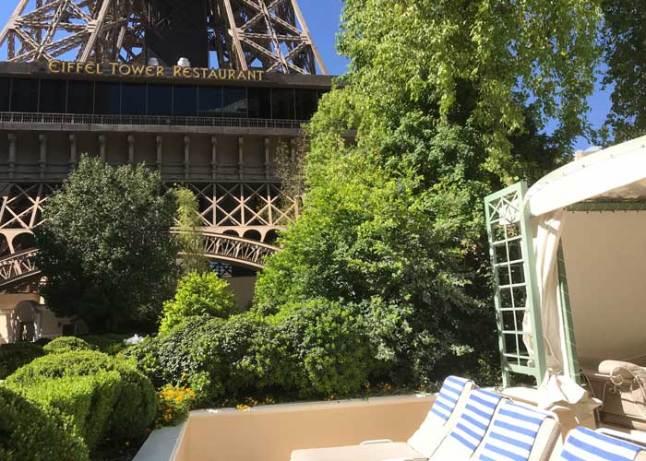 Paris Cabana