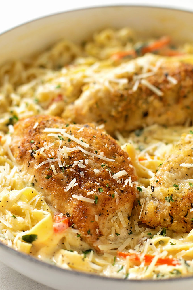 Tuscan Garlic Chicken recipe in a serving dish