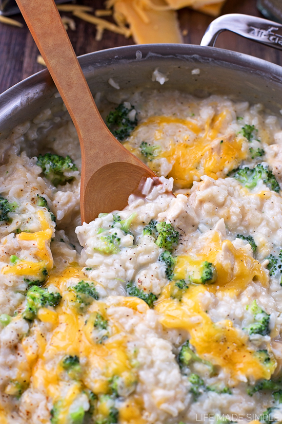 Creamy Chicken Rice and Broccoli Skillet
