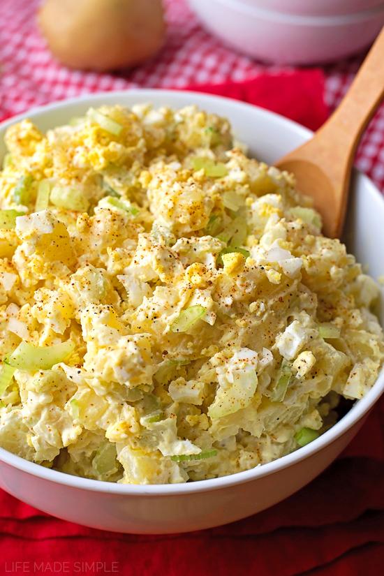 Mom's Classic Potato Salad