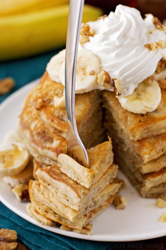 Buttermilk Banana Bread Pancakes