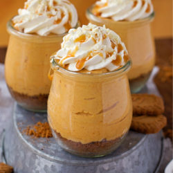 15 Minute Individual No-Bake Pumpkin Cheesecakes