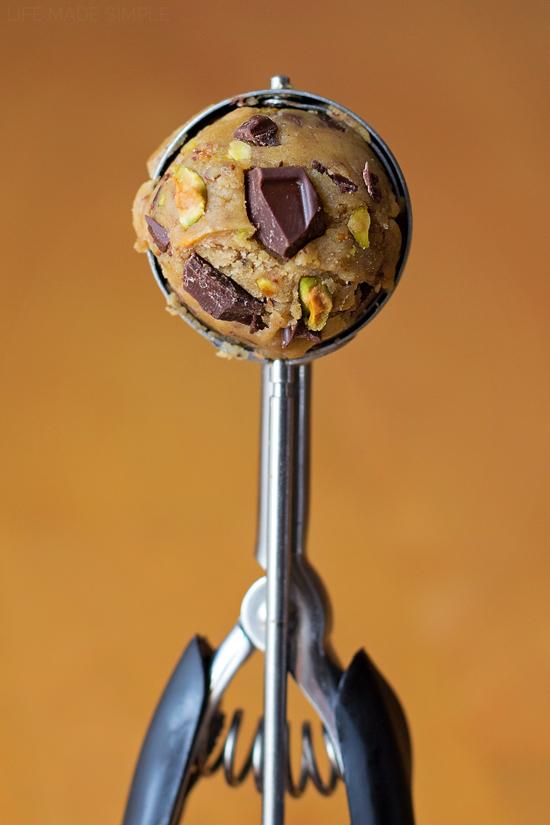 Dark Chocolate Chunk Pistachio Cookies 2
