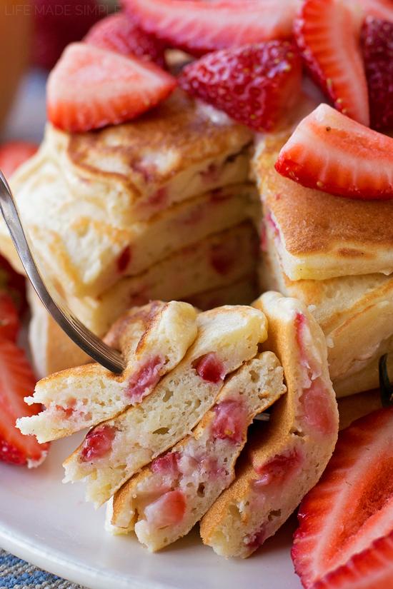 Strawberry Yogurt Pancakes | lifemadesimplebakes.com