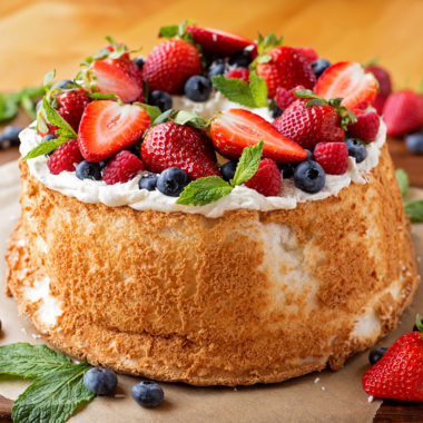 Classic Angel Food Cake | lifemadesimplebakes.com
