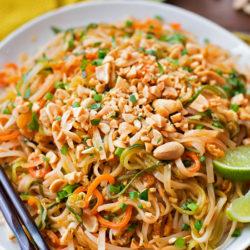 Spiralized Veggie Pad Thai   llifemadesimplebakes.com