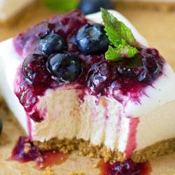 No-Bake Vanilla Bean Cheesecake Bars | lifemadesimplebakes.com