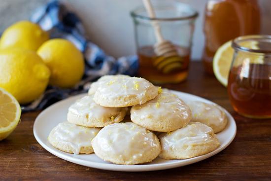 Lemon Honey Cloud Cookies | lifemadesimplebakes.com