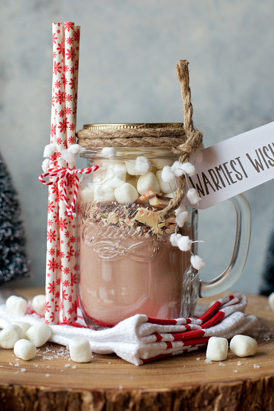 Christmas Gift Ideas for Neighbors & Friends   lifemadesimplebakes.com