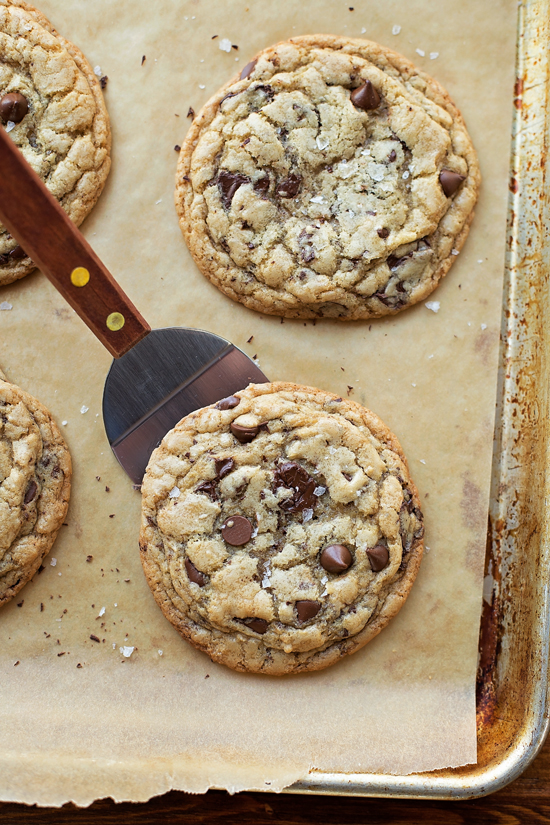 Chocolate chip cookies with brown butter
