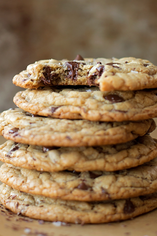 XL Browned Butter Chocolate Chip Cookies | lifemadesimplebakes.com