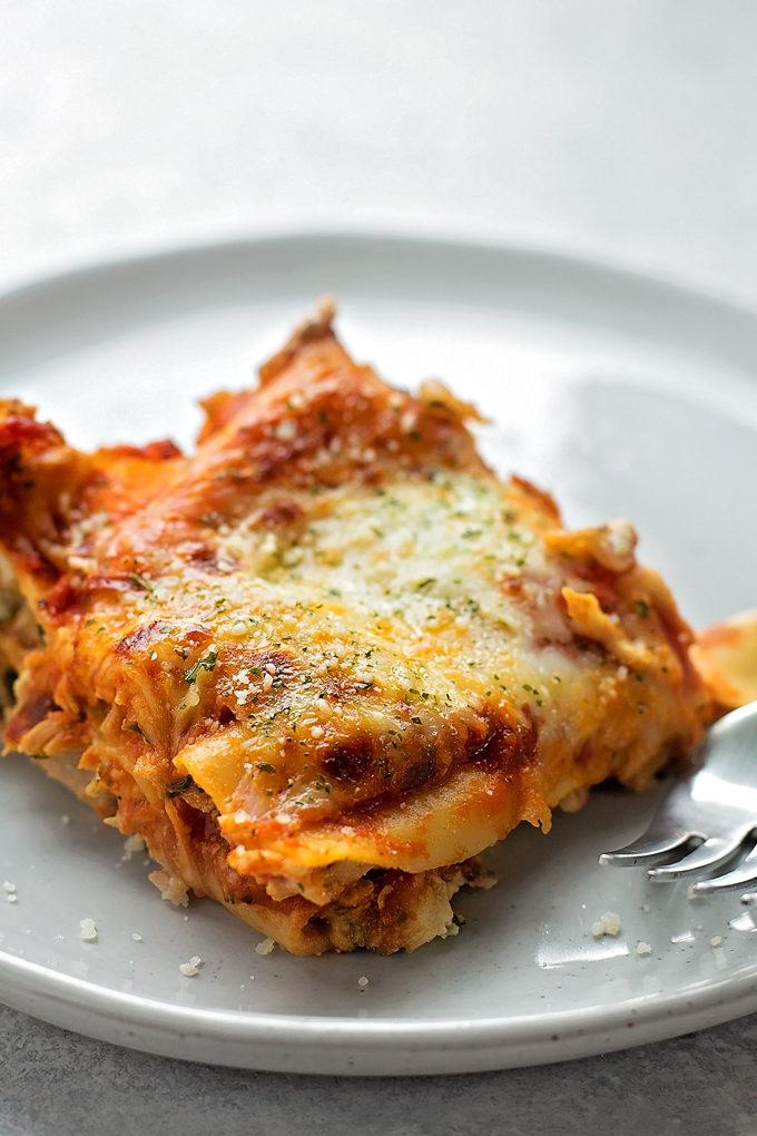 Insanely Delicious Chicken Lasagna